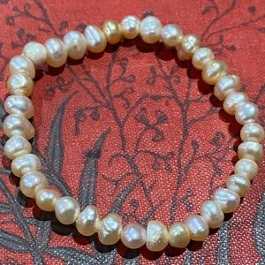 Little girls genuine freshwater Pearl bracelet
